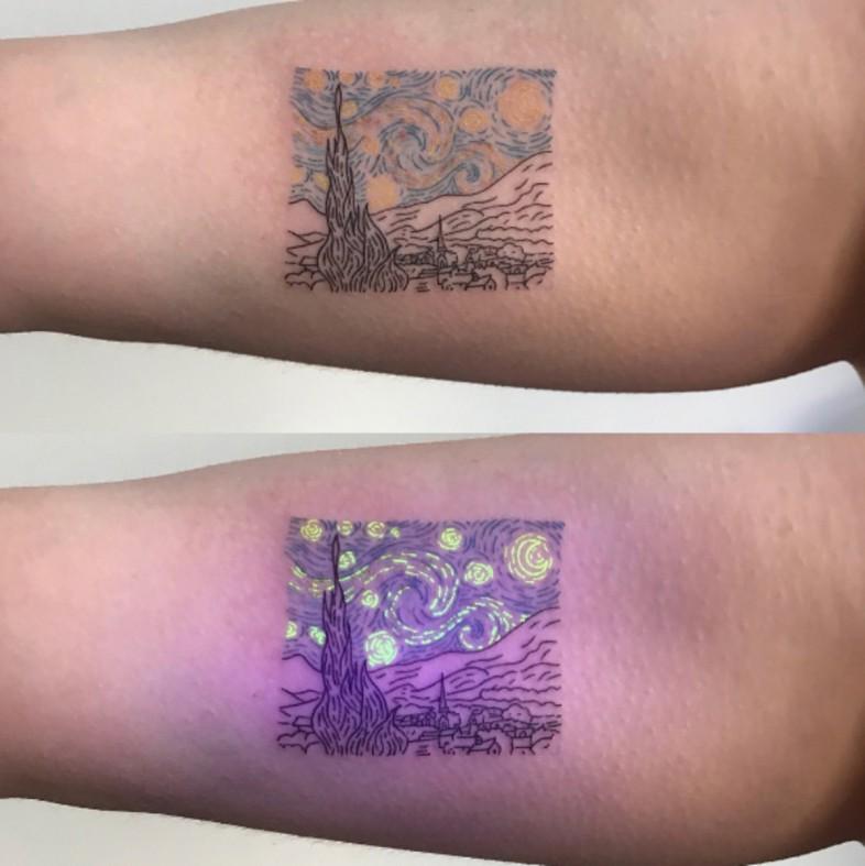 uv tattoo o tatuaggio fluorescente